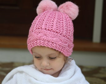 Knitted hat with fur pom poms. Knitted girl hat. Pompom hat. Warm knit wool hat. Winter hat. Pom pom knit hat. Knit hat with pompoms.