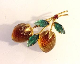 Vintage Austria Strawberry Fruit Brooch Art Glass Gold Tone 1950s