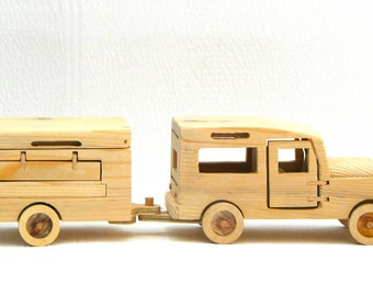 Wooden Land Rover with Camping Trailer - Ξύλινο  Land Rover με τροχόσπιτο