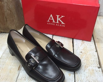 Size 8.5 N Anne Klein Shoes, Leather Flat Shoes, Women Shoes, Every Day Shoes Narrow Shoes, Leather Shoes for Women, elegant buckle shoes AK