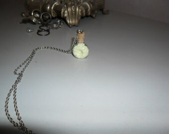 fluorescent vial pendant