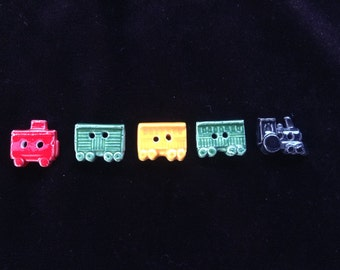 COLORFUL TRAIN BUTTONS