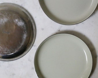 "Cathrineholm enamel 5"" grey plates"