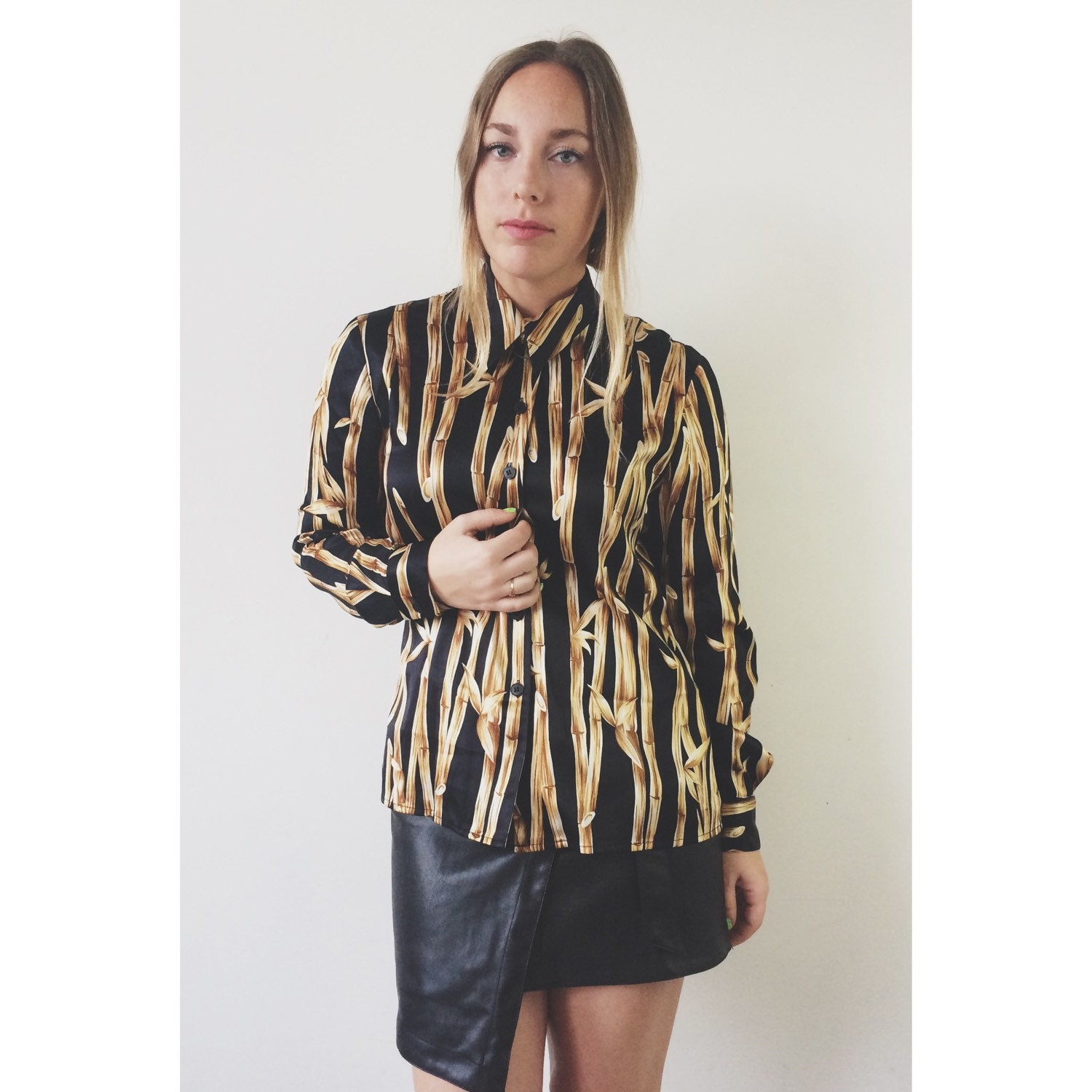 Vtg 90 39 s silk black and gold bamboo print button down for Bamboo button down shirts