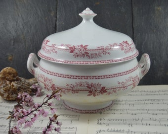 Antique  ironstone large pink soup tureen with lid by brownfield and son Tea stained ironstone tureen. Shabby chic footed bowl