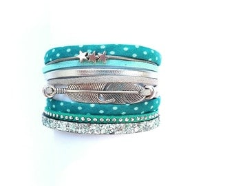 green peas with sequined pume and strap leather charm Cuff Bracelet