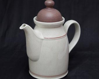 Vintage ROYAL DOULTON Lambethware 'Nutmeg' (LS1036) - Coffee Pot