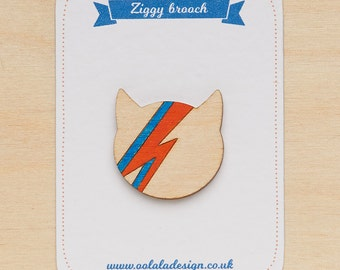 David Bowie minimal brooch - David Bowie jewellery - Ziggy stardust cat - Aladdin sane pin - David Bowie badge - Bowie fan gift - Cat lover