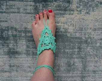 Barefoot sandals in different colors