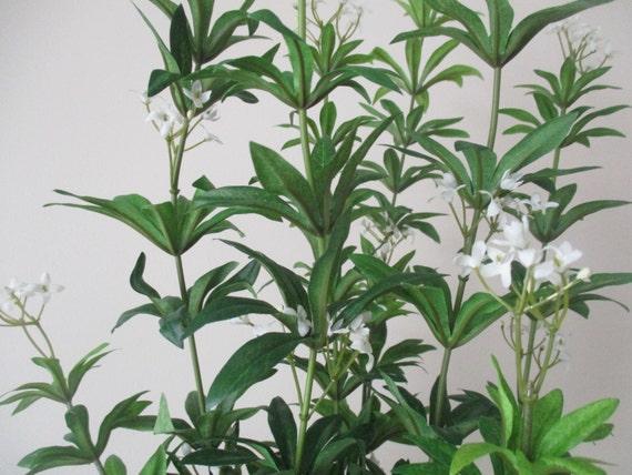 3 Stems White Flowers 32 Quot Tall Silk Foliage Flower Stem
