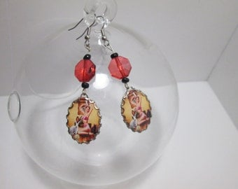 Pin Up Girl / Cameo style Earrings /Item G-732