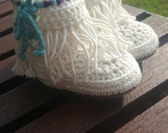 Fringed moccasin baby booties (3-6 month)