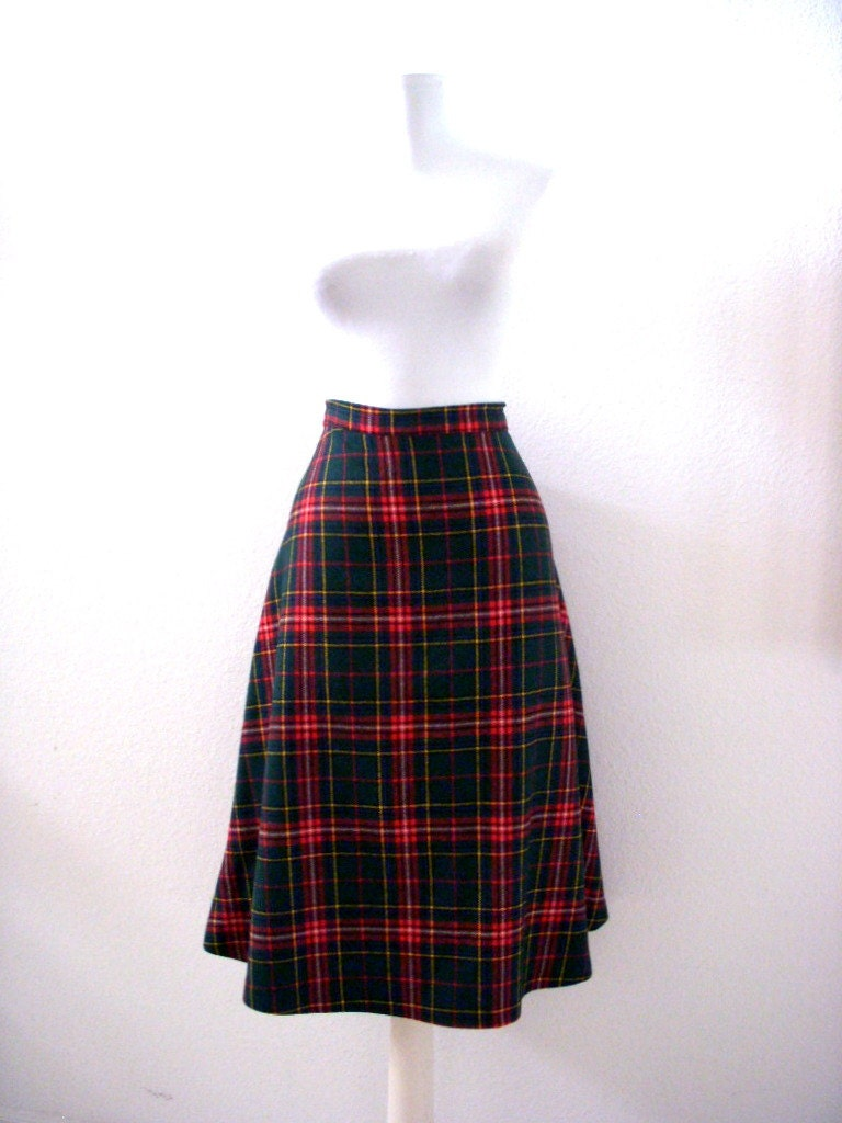 vintage 70s 80s plaid a line skirt green and plaid