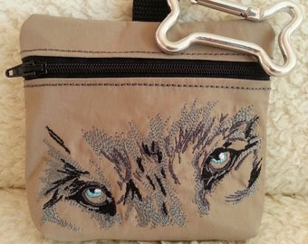 dog treat bag - Wolf - embroidered