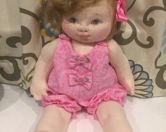 Baby  Daisy / Handmade / soft doll cloth / sculpture baby
