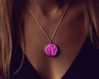 Pink Jewellery - Pink Necklace - Glow Necklace - Glow in the Dark Necklace - Circle of Nature  - Glowing Jewelry - Gifts for Her - Resin