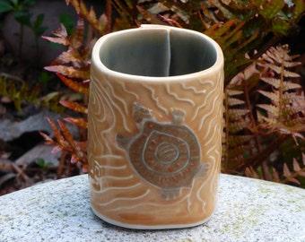 Porcelain turtle tea bowls