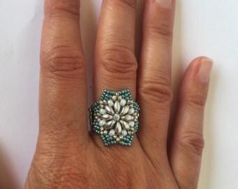 Peyote ring, Seed bead ring, Beaded ring, Beadwork ring, flower ring