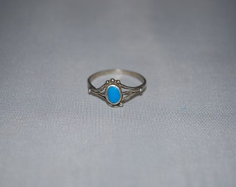 Sterling silver ring size 4.5 with turquoise setting