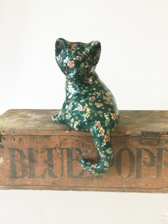 Shabby Cat for salt at Pretty Poppies Vintage