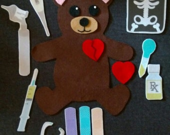 Felt Teddy Bear Doctor Set // Flannel Board // Pretend Play // Cognitive Development // Creative Play // Community Worker