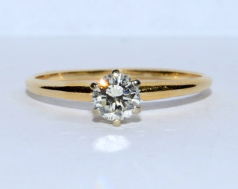 Round Brilliant Cut Diamond Solitaire Ring set in 14K Yellow Gold Size 9.75