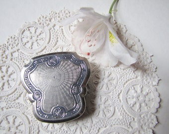 Karess Woodworth Compact, Compact with Mirror, Powder and Rouge, Art Deco, 1920's, Engraved Silver Compact,  Bridal Wedding Accessory