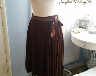 Chocolate Pleated Skirt