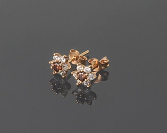 Gold stud earrings, Small earrings, Petite earrings, Dainty earrings, Flower stud earrings, CZ earrings gold