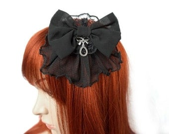 Hair clip with bow and Crystal