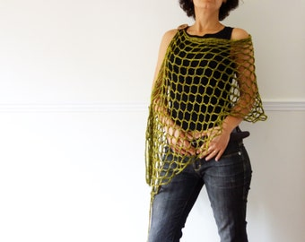 Crochet Pattern - Diamond Lace Fringed Poncho