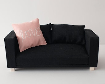 Two seater sofa scale 1:6 black color for diorama blythe, pullip, barbie, momoko or similar