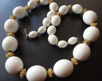 Vintage White Bead Necklace, Graduated, Mid Century Modern