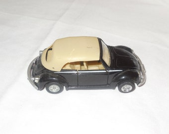 MC Toy Volkswagen 1303 Beetle Cabriolet 1:36 Scale Diecast Car Model Used