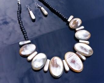 Horn String Necklace