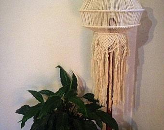 Suzie macrame lamp shade