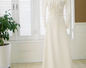 Vintage style wedding dress 1920's bridal gown Ivory color