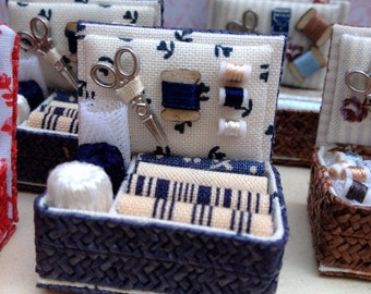 Haberdashery. 1:12 Dollhouse miniature. Sewing box.costurero azul