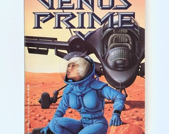 Venus Prime, Science Fiction Paperback, Volume 3, Hide and Seek, Arthur C Clarke, Paul Preuss, Vintage Book, Avon Books First Printing