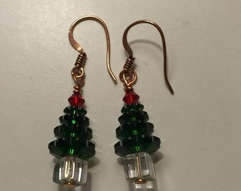 Christmas Tree Earrings // Swarovski Bead Earrings // Swarovski Christmas Tree Earrings