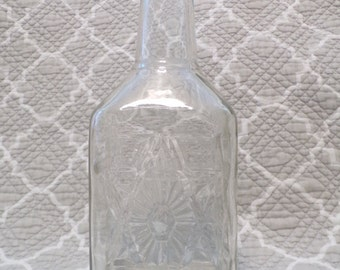 Clear Glass Decanter - no lid or cork