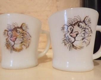 Set of 2 Tony the Tiger Fire King mugs