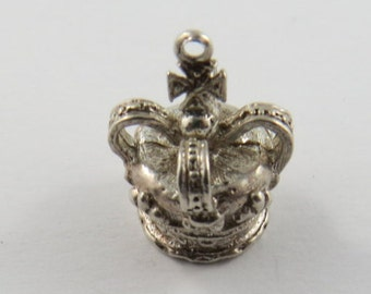 King's Crown Sterling Silver Charm of Pendant.