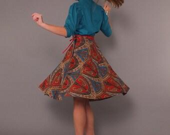 1970s Vintage Ethnic Paisley Full Skirt