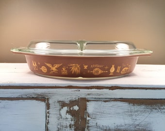 Early American Pyrex, Brown and Gold Pyrex, Pyrex Dish with Lid, Divided Pyrex Dish, 963 Pyrex, Casserole Dish, Vegetable Dish, Pyrex