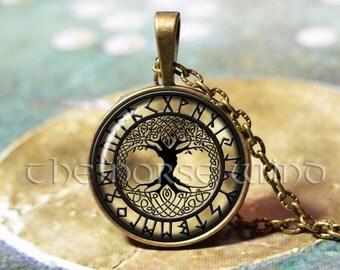 Yggdrasil Rune Necklace, Viking Necklace Tree of Life, Viking Pendant, Celtic World Tree, Norse Mythology, Asatru, Viking Jewelry
