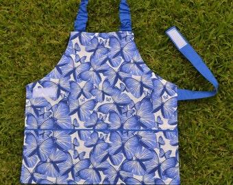 Girls apron, kids apron, Self-sufficiency apron, Montessori apron, childrens apron, preschool apron, 2 to 3 years, butterflies, blue