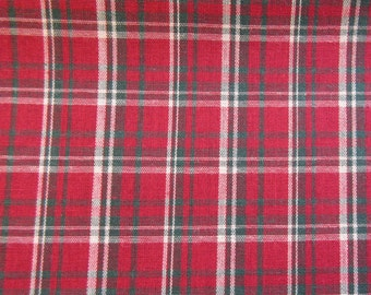 Christmas Red Plaid Quilt/Craft Fabric - Vintage - 1/2 Yd.
