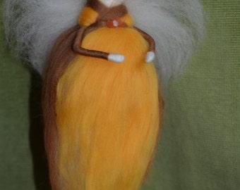 Waldorf inspired Wool Fairy, needle felted - Autumn fairy