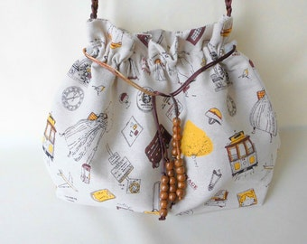 DRAWSTRING BAG / Shoulder BAG  in beige, yellow and brown